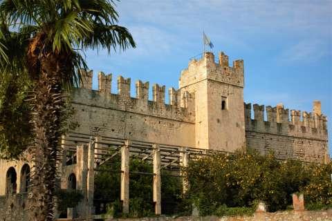 Torri del Benaco castle